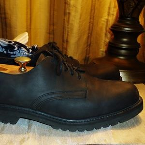 "Frye ""Union"" Black Suede Leather Lug Sole Shoes"